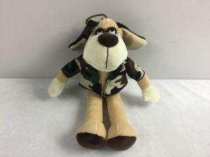 Собака в камуфляжном костюме (18 см)