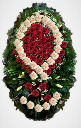 Траурные венки из живых цветов от 22500 рублей
