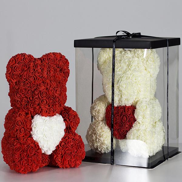 Мишка из роз 40 см (с сердцем) в подарочной коробке
