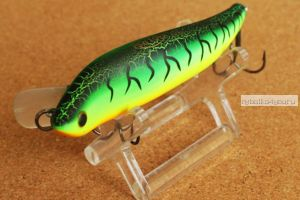 Воблер TsuYoki Gugun 95SP 95 мм / 13,5 гр / Заглубление: 0,5 - 0,5 м / цвет: 050