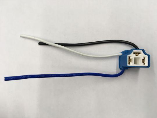 Разъём лампы фары Н4  3 контакт.