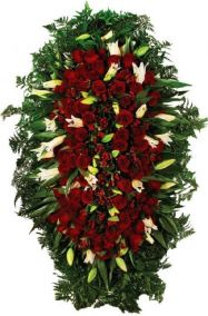 Траурный венок из живых цветов #10