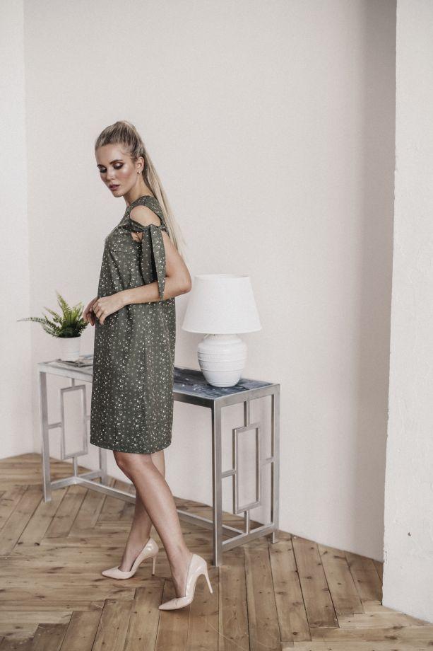1003. Платье