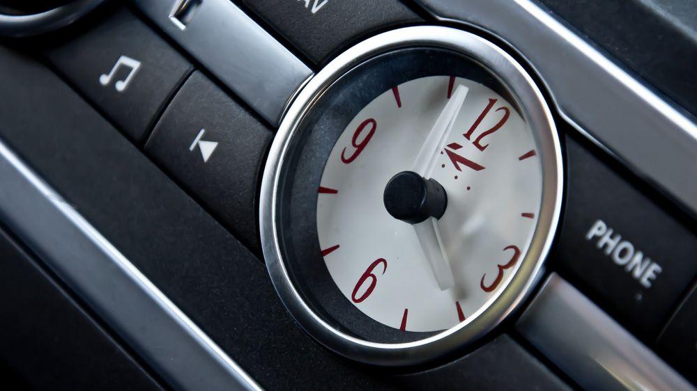 Установка часов CHURCHILL TIME CLOCK