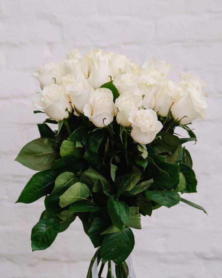 """Букет из 25 роз """"Мондиаль"""" c доставкой в Комсомольске"""