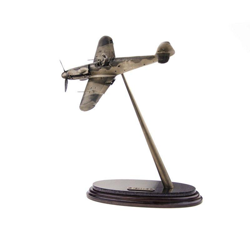 """ДИОРАМА """"Messerschmitt Bf-109G-2"""" 1/32"""