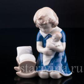 Девочка с куклой, Grafenthal, Германия, вт. пол. 20 в.