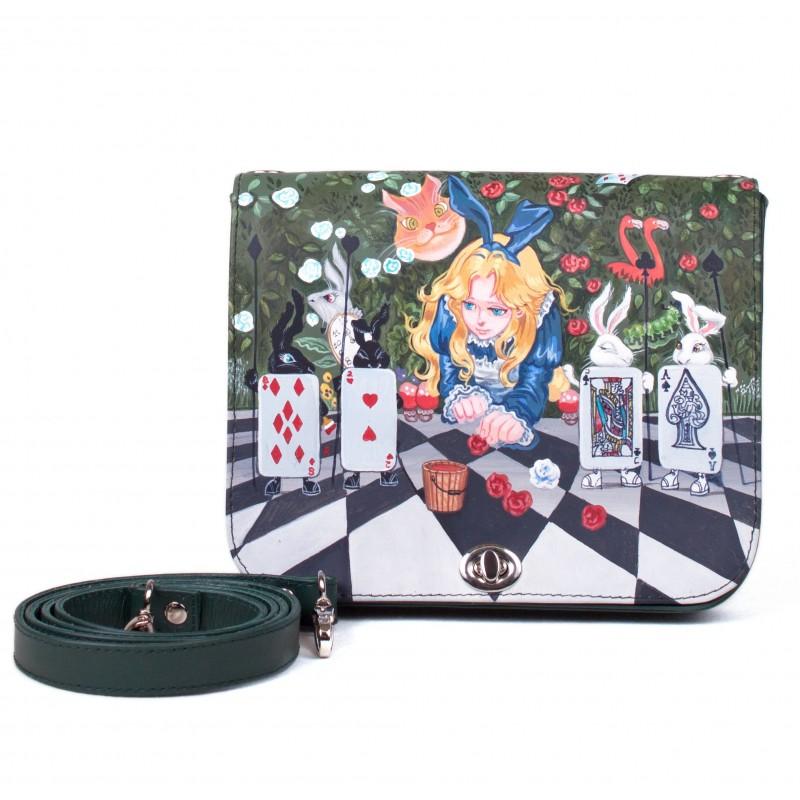 Сумочка кроссбоди Алиса и ожившая колода карт >Артикул: AE090011